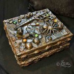 Vintage_Box (Mixed Media)